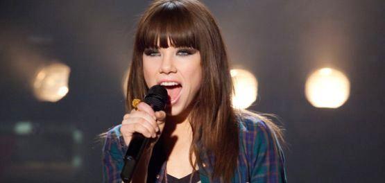 Carly Rae Jepsen i pesma This Kiss
