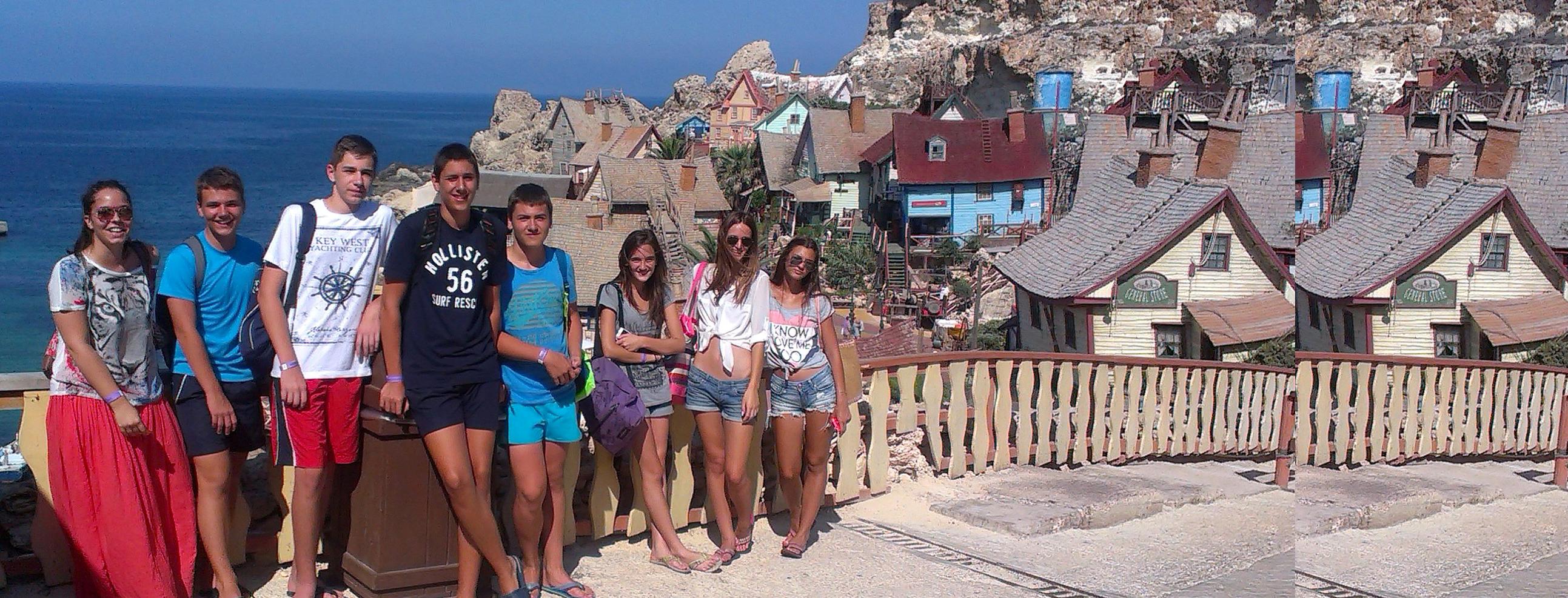 Skola engleskog jezika na Malti, Verbalisti u Popajevom selu