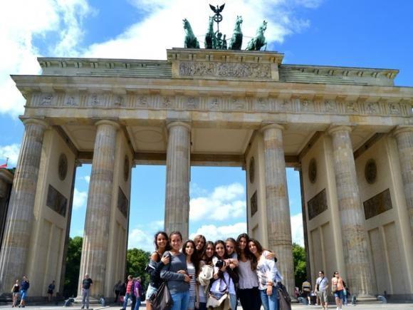 Verbalisti ispred Brandenburške kapije