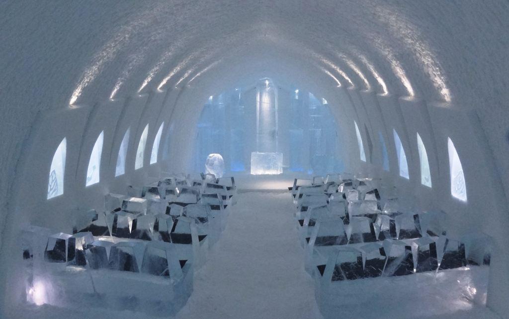 Crkva u Ice Hotelu u Svedskoj