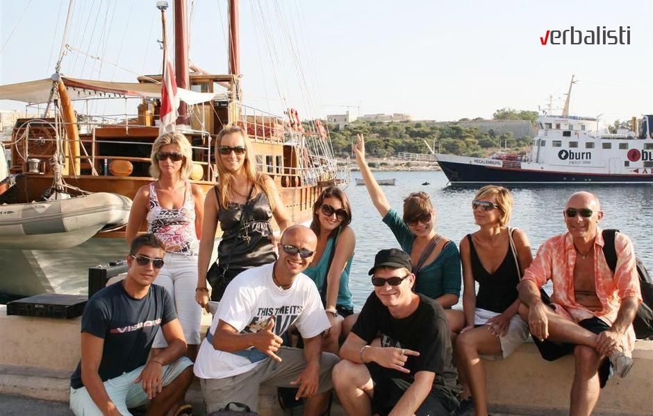 Verbalisti pred polazak na ekskurziju na ostrvo Gozo