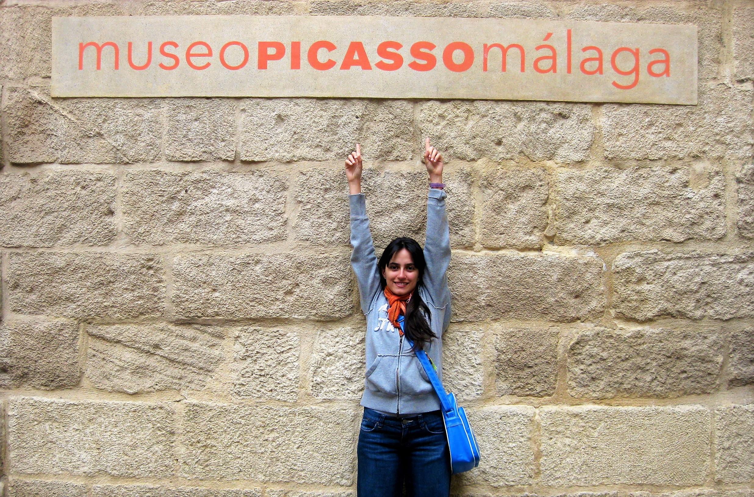 Poseta cuvenom Pikasovom muzeju je deo aktivnosti koje su ukljucene u cenu, kamp spanskog jezika u Malagi