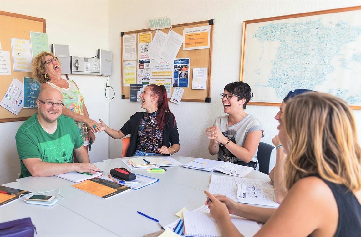 Casovi spanskog jezika u manjim grupama, Verbalisti
