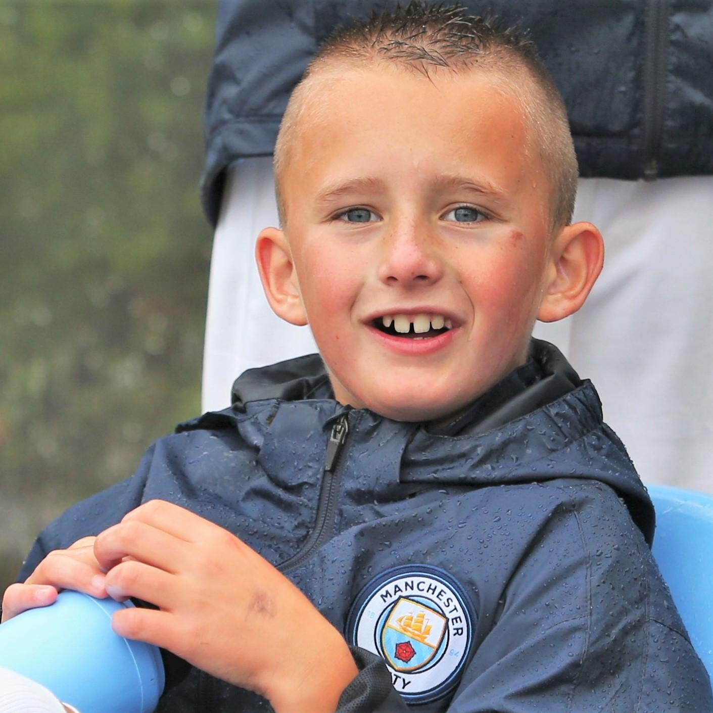 Andrija Stoimenov, polaznike skole fudbala Manchester City, Verbalisti